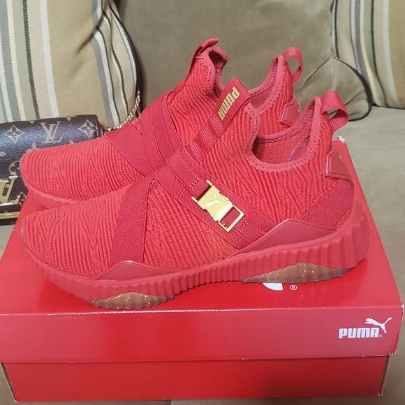 Puma Shoes   Red Puma Defy Mid Varsity